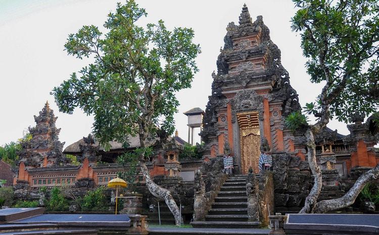 Pura Taman Saraswati tempel
