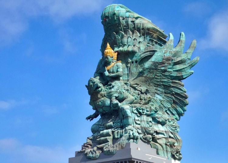 Standbeeld Garuda Wisnu Kencana